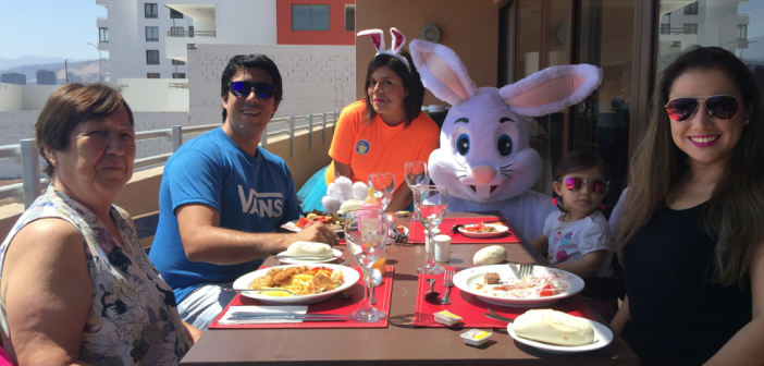Domingo de Pascua para los Huéspedes en GEOTEL Antofagasta