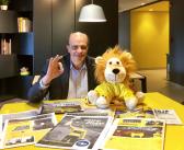 La fiebre del «jersey amarillo» se toma la oficina central