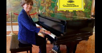 Nueva pianista para el lobby del Hotel Tequendama