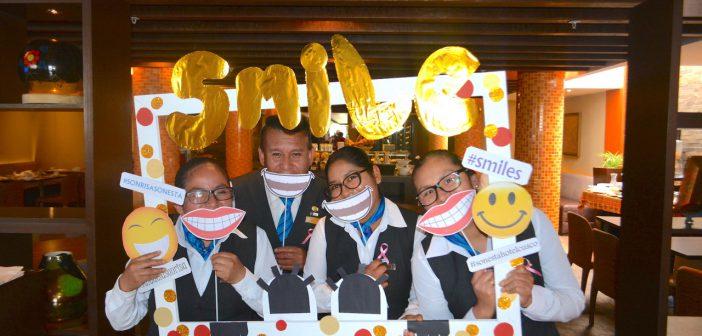 Día internacional de la sonrisa en el Hotel Sonesta Cusco