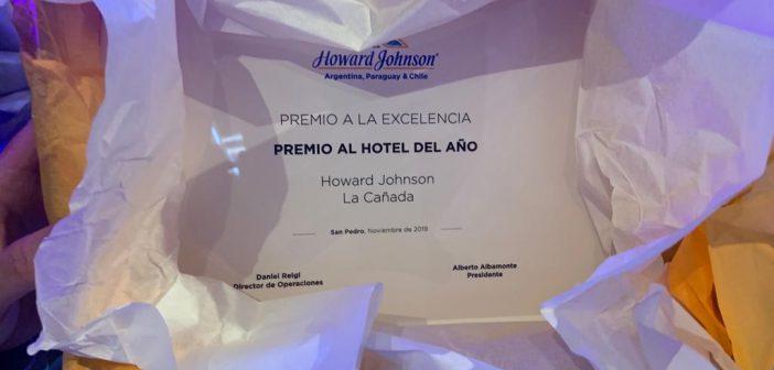 Howard Johnson La Cañada recibe premio al hotel del año